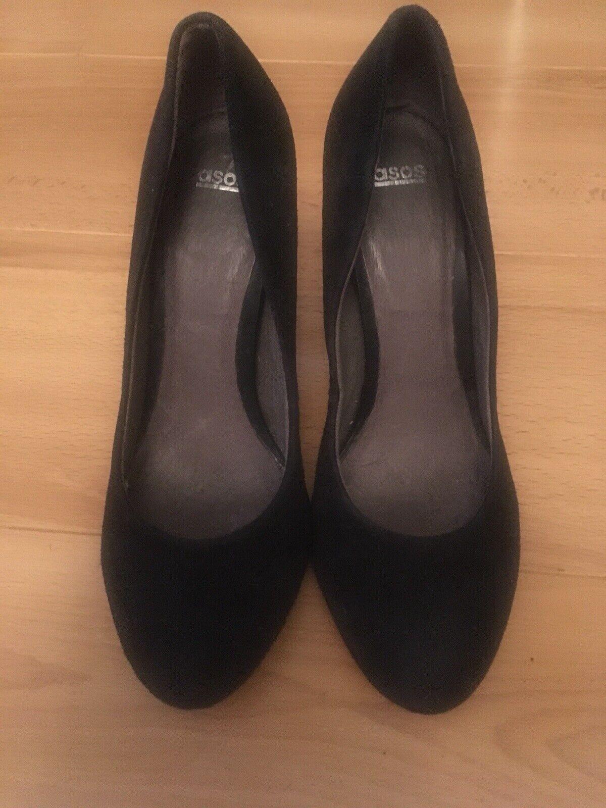 Ladies Asos size UK 6. EU 39 Black suede Court Round Toe shoes heels