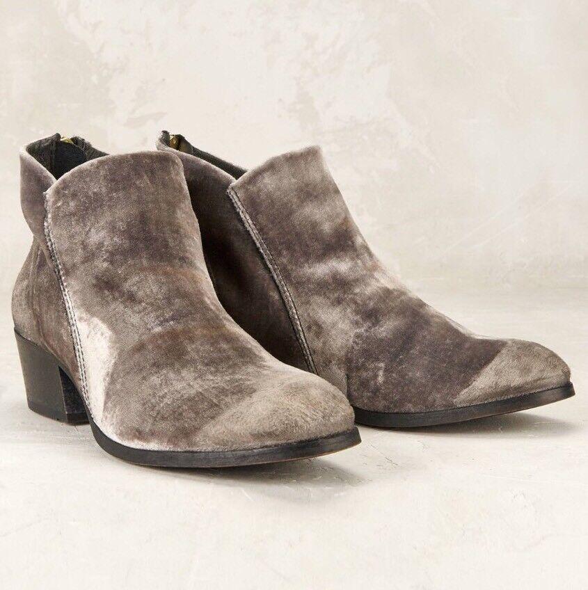 NWT Anthropologie Hudson Apisi Ankle Boots Size 37 Gray Velvet H London