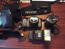 Minolta Maxxum 5000 with Lens Zoom 35-70 mm, Lens Zoom 70-210 mm, Flash , Case