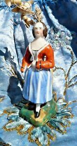 Ancienne Figurine En Porcelaine De Paris Xixe Pique Fleurs