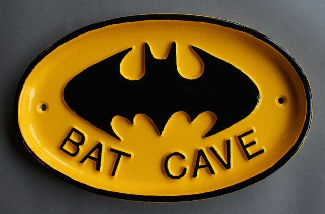 VINTAGE BATMAN 'BAT CAVE' DOOR SIGN VINTAGE ~ MAN MEN DAD GIFT PLAQUE FUNNY SIGN