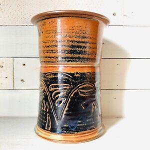 Studio-Art-Pottery-Tall-Ribbed-Vase-High-Sheen-Finish-Terra-Cotta-And-Indigo