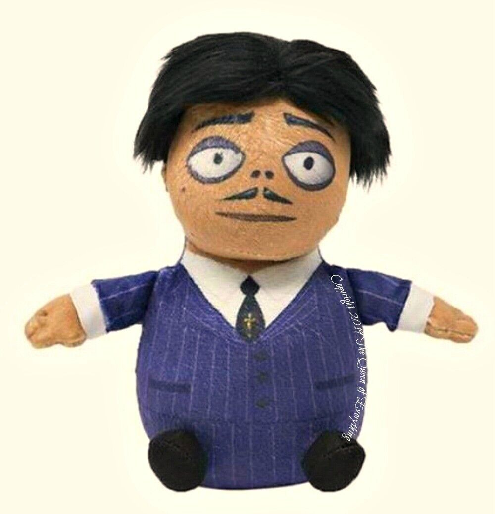 """Addams Family Mini Plush Squeezers 6/"""" Plays Theme Song Ages 3 /& Up Battery Incl"""