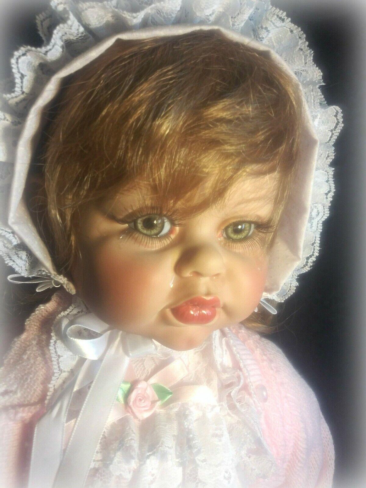 FAYZAH SPANOS, Misty Boo Hoo Muñeca, 28  hermosos ojos verdes, etiqueta de la mano
