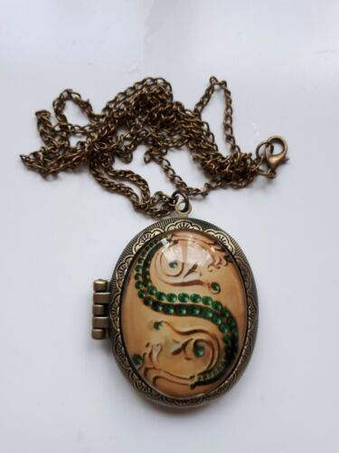Harry slytherin horcrux locket pendant necklace lord voldermort harry slytherin horcrux locket pendant necklace lord voldermort large aloadofball Image collections
