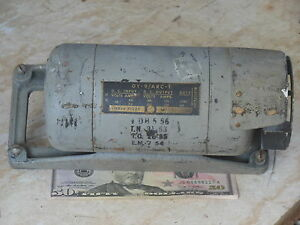 Military Radio Dynamotor WWII DY-9 ARC-1 Aircraft Transceiver