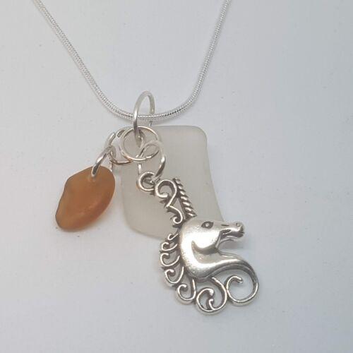 Hecho a mano de cristal Cornish Mar /& Unicornio Collar de encanto