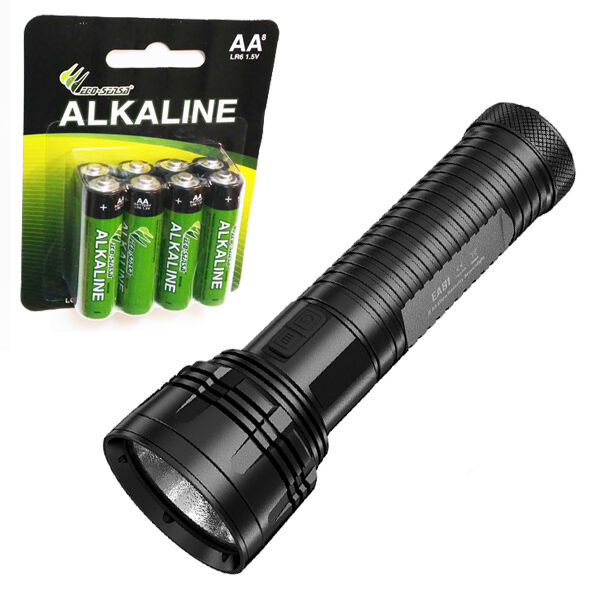 Combo: Nitecore EA81 Neutral bianca XHP50 Flashlight w/8x Eco-Sensa AA Batteries
