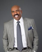 Steve Harvey / Family Feud 8 x 10 GLOSSY Photo Picture IMAGE #2