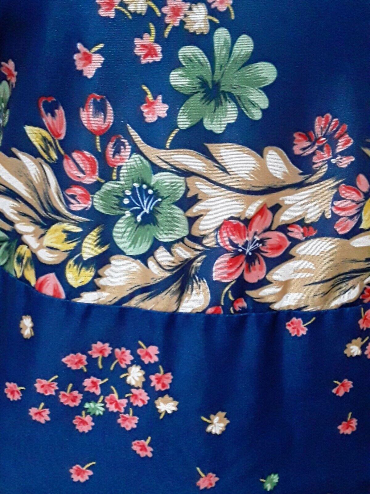Vintage Ms. Claire Blue Floral House Dress, Size … - image 5