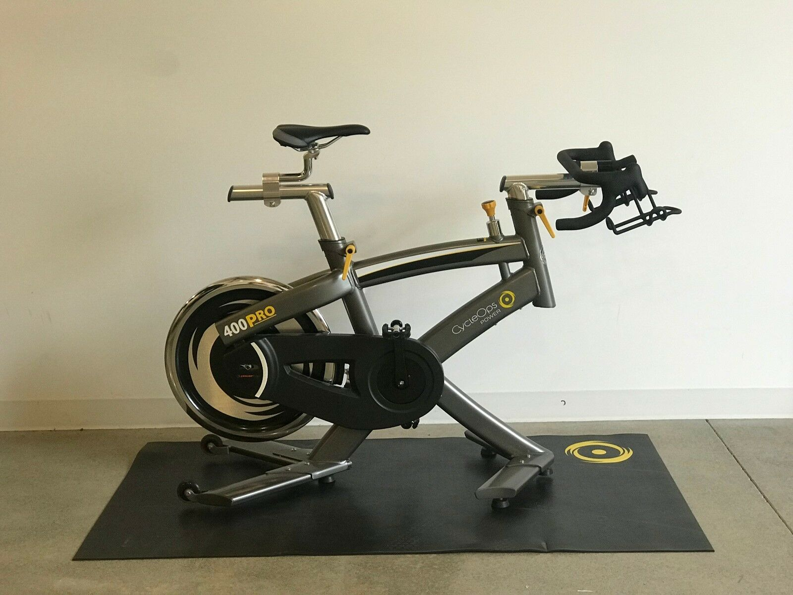 CycleOps 400 Pro Trainer Indoor Cycle - Slightly Used