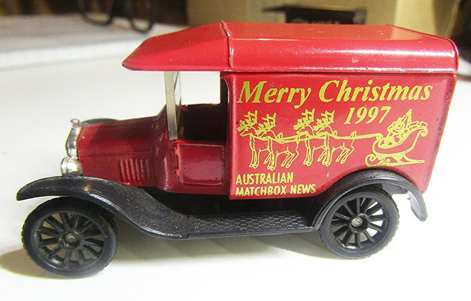 VINTAGE MATCHBOX  CODE 2 YESTERYEAR 1921 MODEL T FORD AUST. M'BOX NEWS 1997