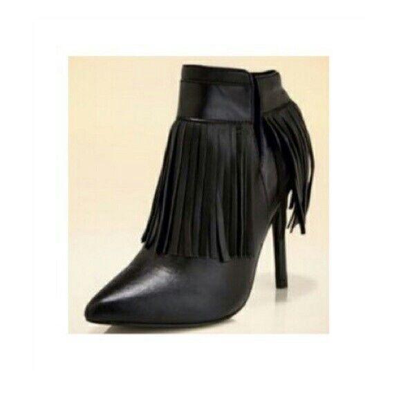 negozio online BOSTON PROPER Pointed Pointed Pointed Toe Fringe avvioie Heels nero Dimensione 8.5 Leather SENORITA  Ritorno di 10 giorni