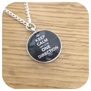 One-direction-BOY-BAND-round-necklace