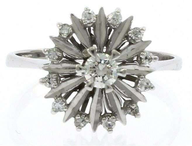 Vintage Genuine Diamond Ladies Ring in 14kt White gold