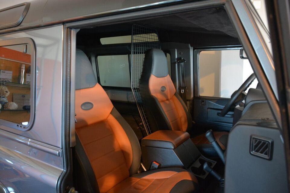 Land Rover Defender 90 2,2 TD Diesel modelår 2015 Koksmetal
