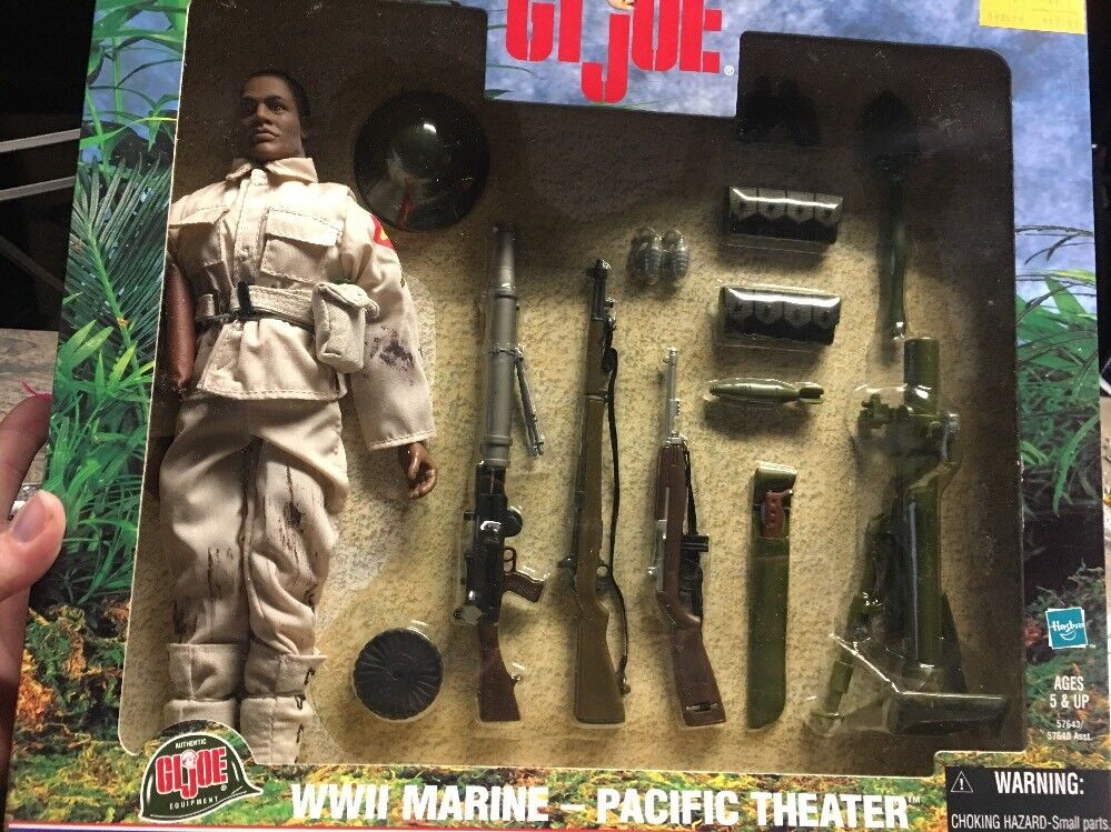 GI Joe WWII Marine Pacific Theater with  Accessories 2000 MISB AFRICAN AMERICAN