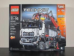 Retired Lego Technic Mercedes Benz Arocs 42043 Truck Brand New