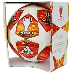 adidas-Champions-League-Finale-Madrid-2019-Fussball-OMB-Matchball-rot-DN8685
