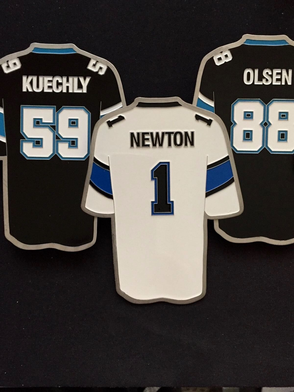 Carolina Panthers Reversnadel Reversnadel Reversnadel Set (3) - Jumbo Größe Klassisch Sammelobjekt    Produktqualität  7301e7