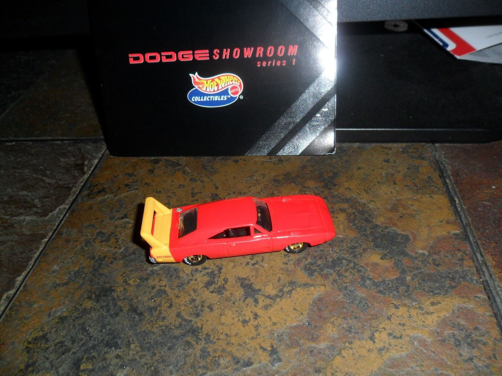 MINT FROM DODGE SHOWROOM SET RED DAYTONA CHARGER REALRIDERS GOLD RIMS METAL BASE