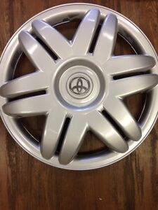 1-2000-2001-TOYOTA-CAMRY-HUBCAP-WHEELCOVER-15-034-WHEEL-COVER-HUB-CAP