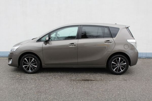 Toyota Verso 1,8 VVT-i T2 Premium MDS 7prs - billede 2