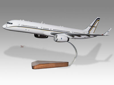 2019 New Style Boeing 757-200 Gainjet Aviation Solid Wood Handcrafted Airplane Desktop Model