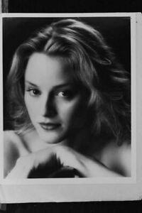 Rya Kihlstedt - 8x10 Headshot Photo with Resume - Deep