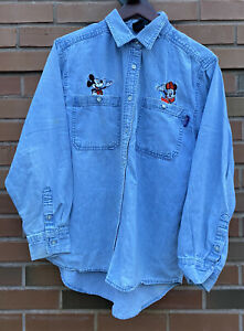 90s Embroidered Button-down