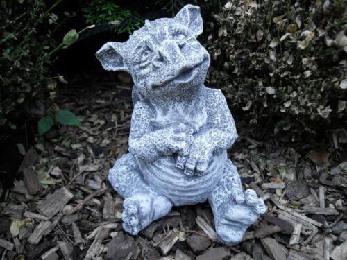 Steinfigur Drache Sunny  Frostfest Steinguss Gargoyle Garten Dako
