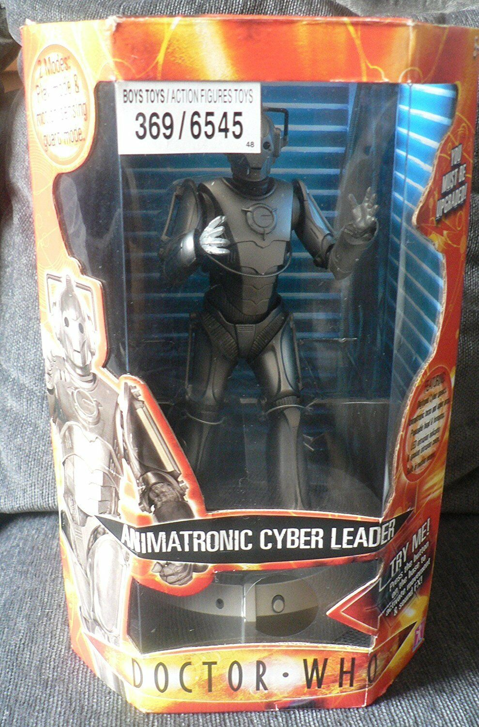 DOCTOR WHO 2006 Animatronic Cyber Leader Room Guard LED Cyberman sound BBC