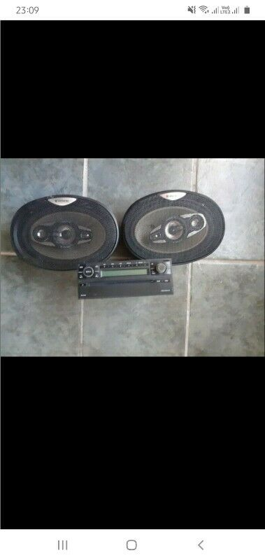 Jebson 6x9 speakers and vw mp3 player radio for sale