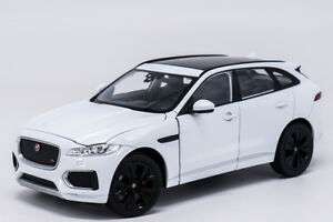 Welly 1 24 Jaguar F-Pace Diecast Model Sports Racing Car Toy White ... 763fbd9ef