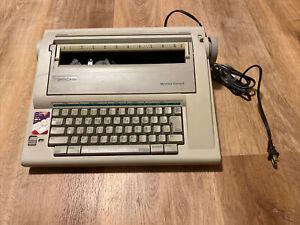 Smith Corona NA1HH Vintage Memory Correct Electric Typewriter/Word Processor