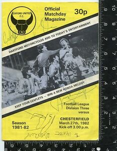 Signed-by-all-team-members-oxford-united-f-c-offical-matchday-magazine-1981-82