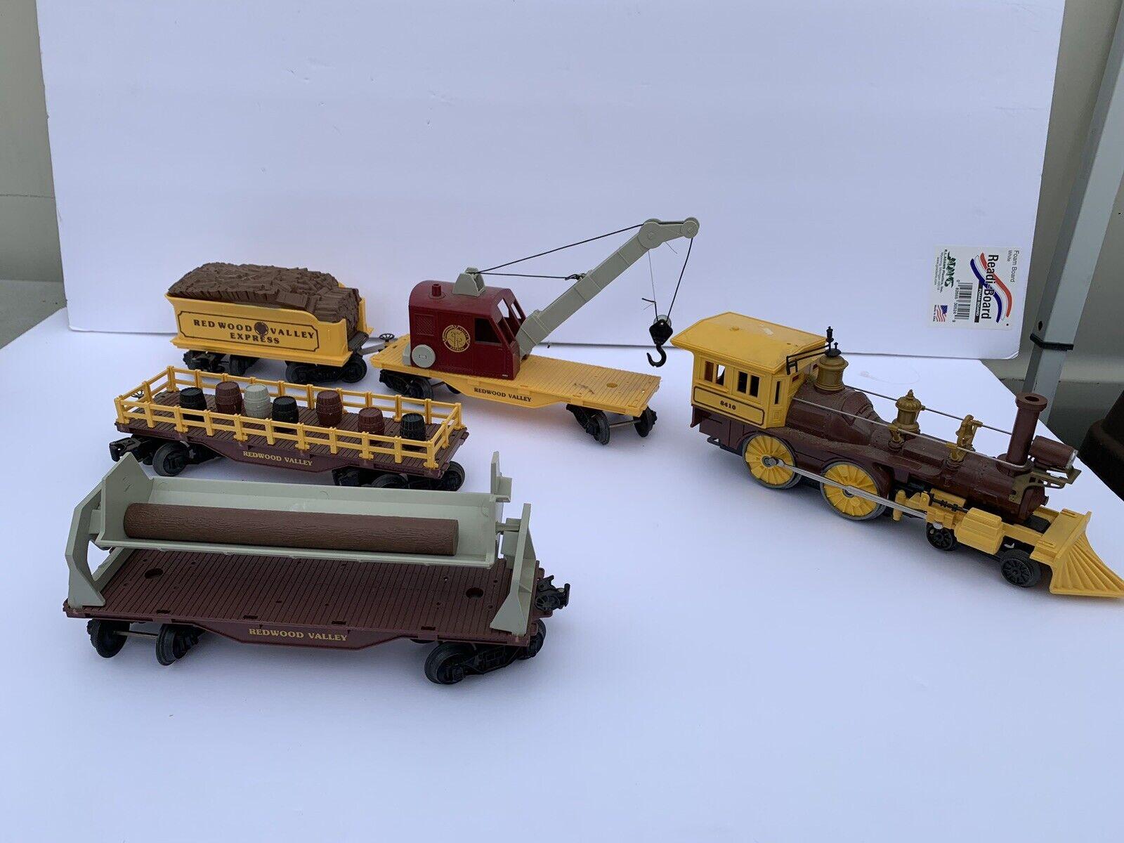Lionel  8410 Redwood Valley 4-4-0 Steam Loco train set