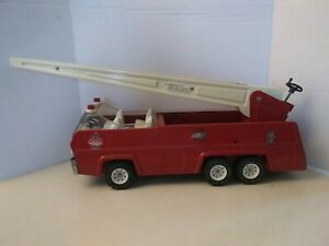 Vintage-1970s-Tonka-Pressed-Steel-Working-Aerial-Swivel-Ladder-Fire-Truck-32202