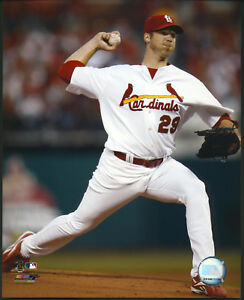 Chris-Carpenter-Pitching-Action-St-Louis-Cardinals-8x10-Photo-With-Toploader