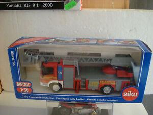 Fire-Brigade-Truck-Mercedes-With-Aerial-Ladder-SIKU-2106-Top-Model-1-50-Metal