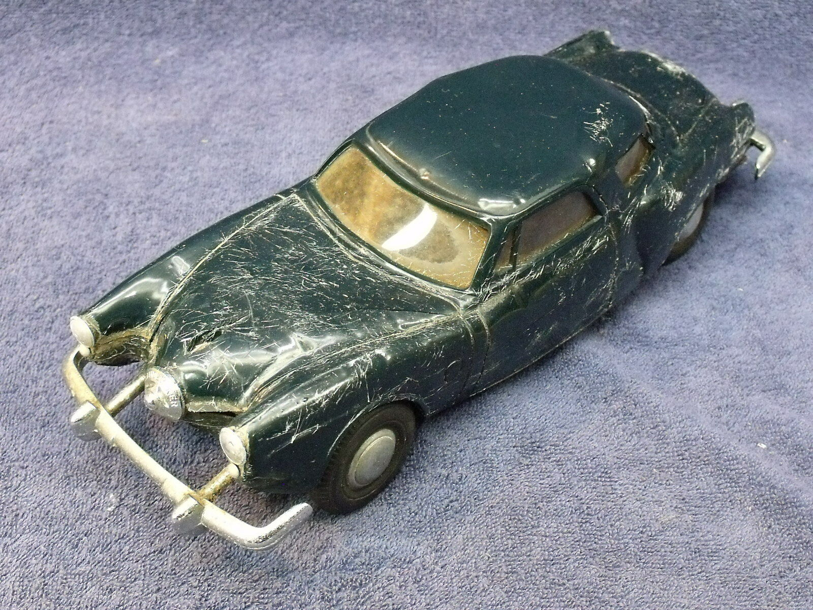 ORIGINAL AMT blueE 1951 STUDEBAKER COMMANDER STARLIGHT WINDUP PROMO