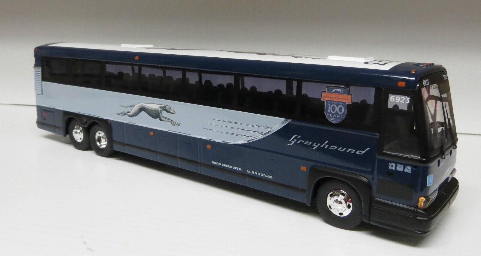 exclusivo Corgi 53412 Galgo neoclásico Bus 11 11 11  Diecast MCI DL3 con 100 año Logoo  preferente