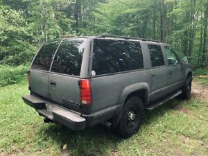 Chevrolet Suburban diesel 98
