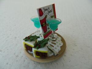 Adaptable (cf.23) échelle 1/12th Maison De Poupées Handmade Christmas Cocktails & Cake Set-afficher Le Titre D'origine DéLicieux Dans Le GoûT