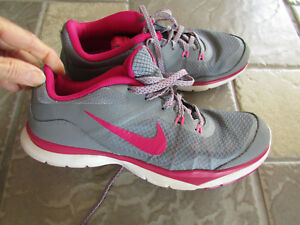 Details about NIKE FLEXTR5 SNEAKERS SHOES WOMENS 8 STYLE: 724858 FREE SHIP