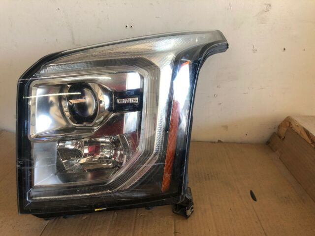 2015 2016 2017 2018 GMC YUKON GENUINE OEM LEFT HALOGEN