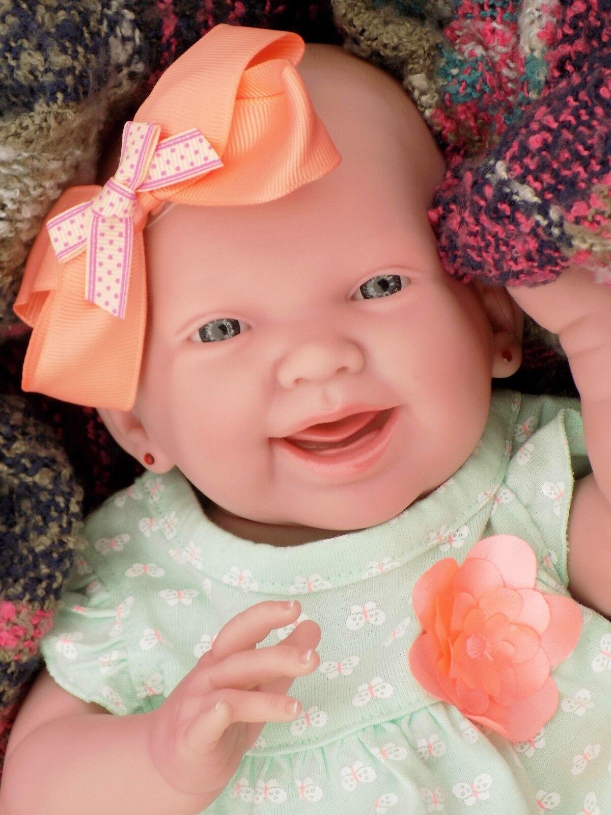 Muñeca Bebé Niña sonriente Real Reborn Berenguer realista de Silicona de vinilo de 15  pulgadas