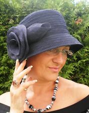 Damenhut im stil der 30ziger Jahre in Blau  Glockenhut   Anlasshüte Hochzeit Hut