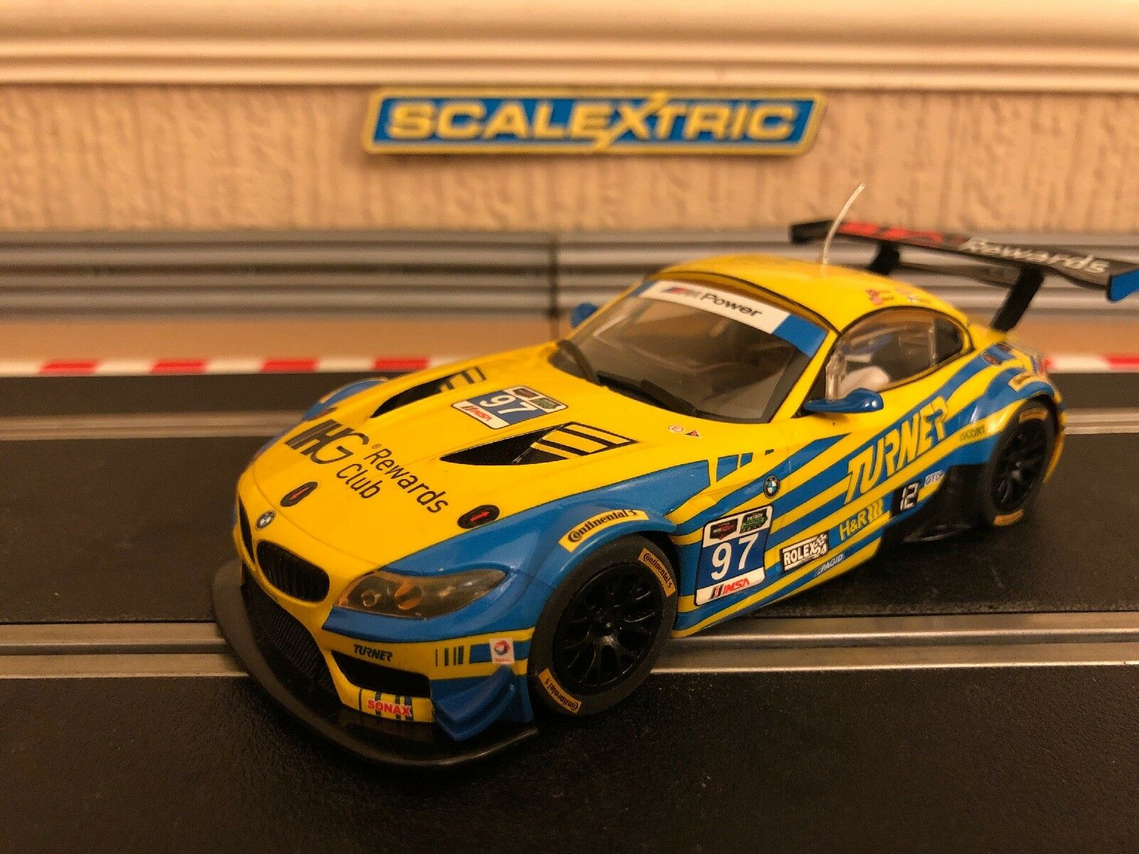 Scalextric BMW Z4 GT3 Daytona 2015 No97 C3720 luces de trabajo Perfecto Estado