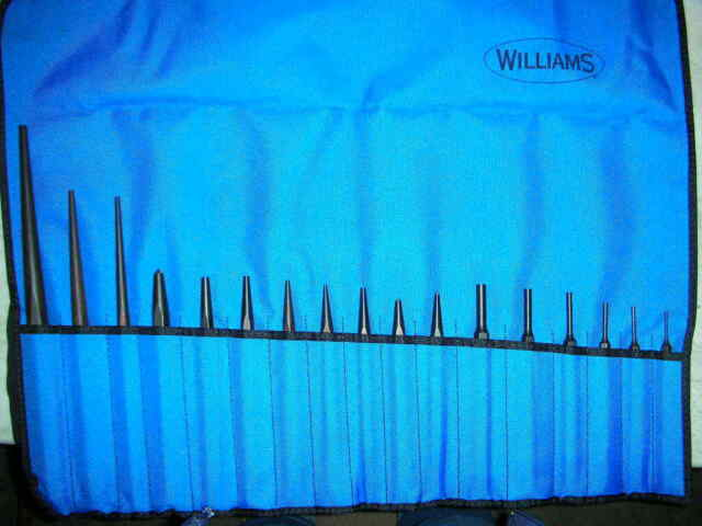 Williams PS-17 17-Piece Punch Set